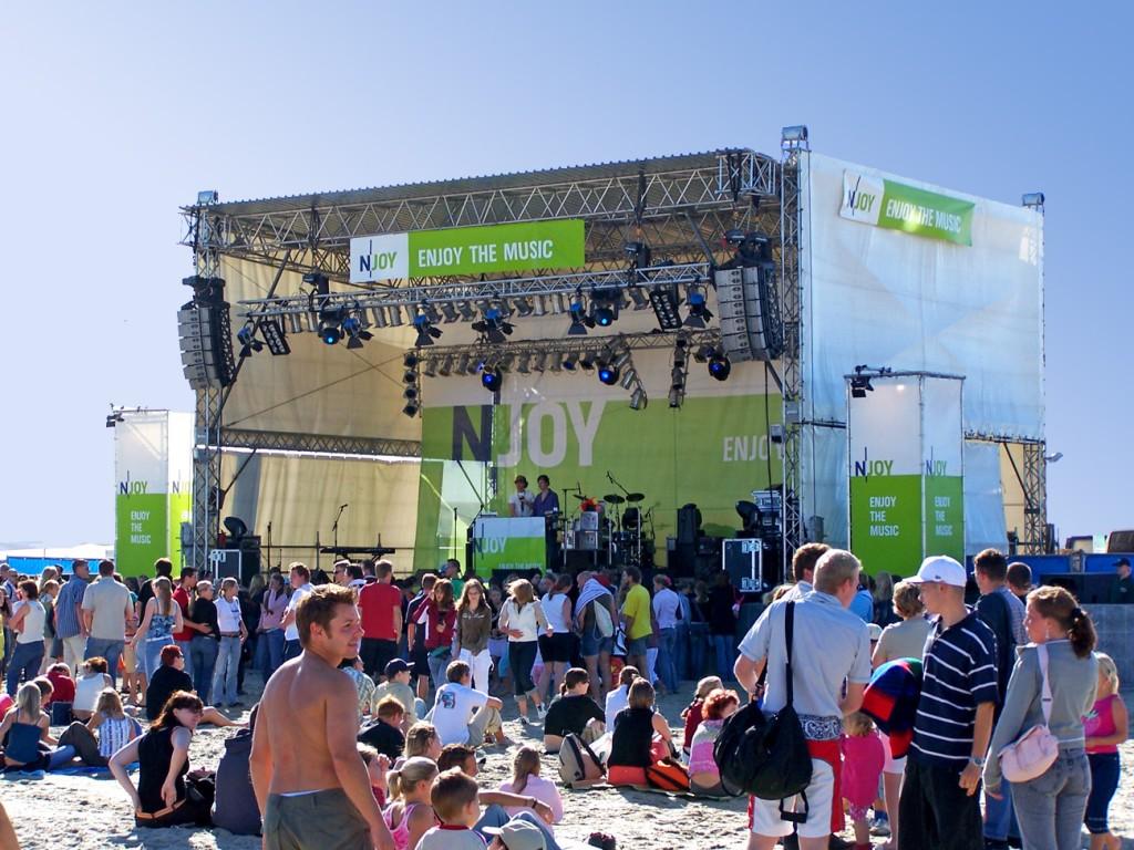 N-Joy The Beach towerstage Bühne