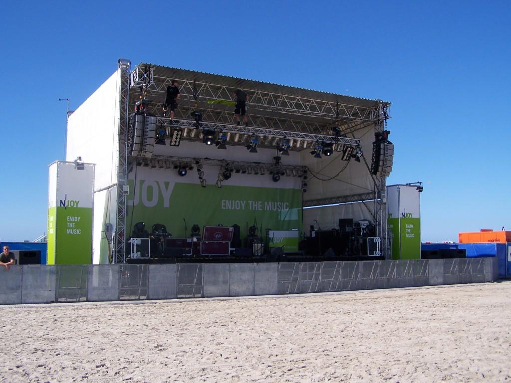 N-JOY the Beach Bühne